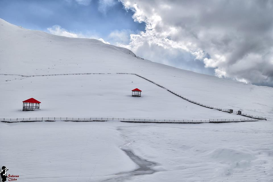 essay on gulmarg Adventure tourism is a type of niche the indian institute of skiing & mountaineering has been made fully operational in gulmarg from haven't found the essay.