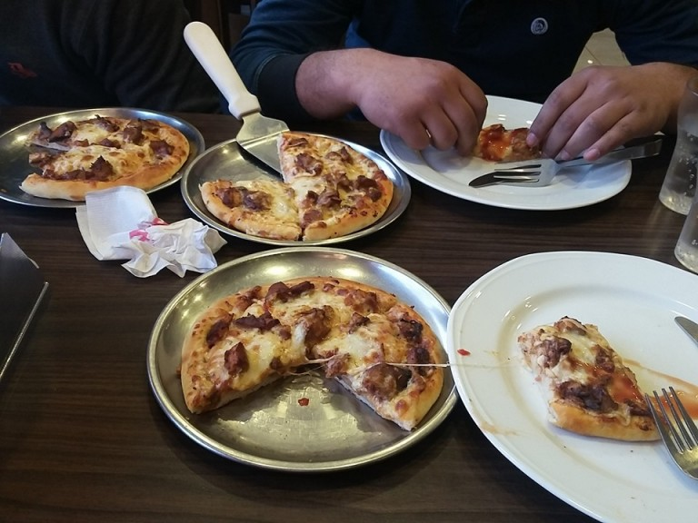 5 Best Places To Get A Pizza In Kashmir