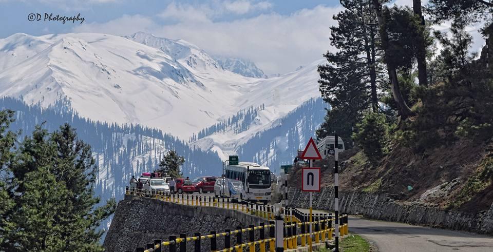 gulmarg road travel